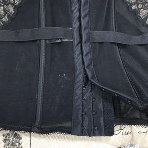 Maidenform Intimates & Sleepwear - Maidenform Extra Sexy Corset DM1140